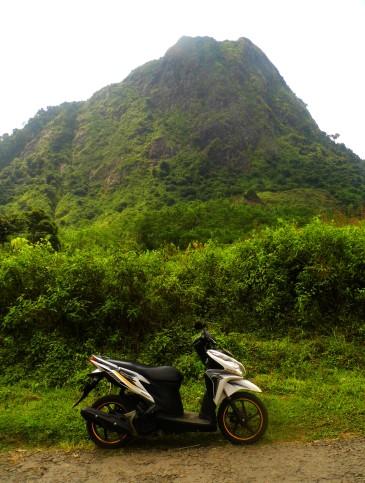 gunung batu sukaharja